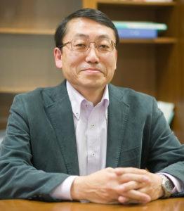 地域共創研究センター長 寺谷亮司